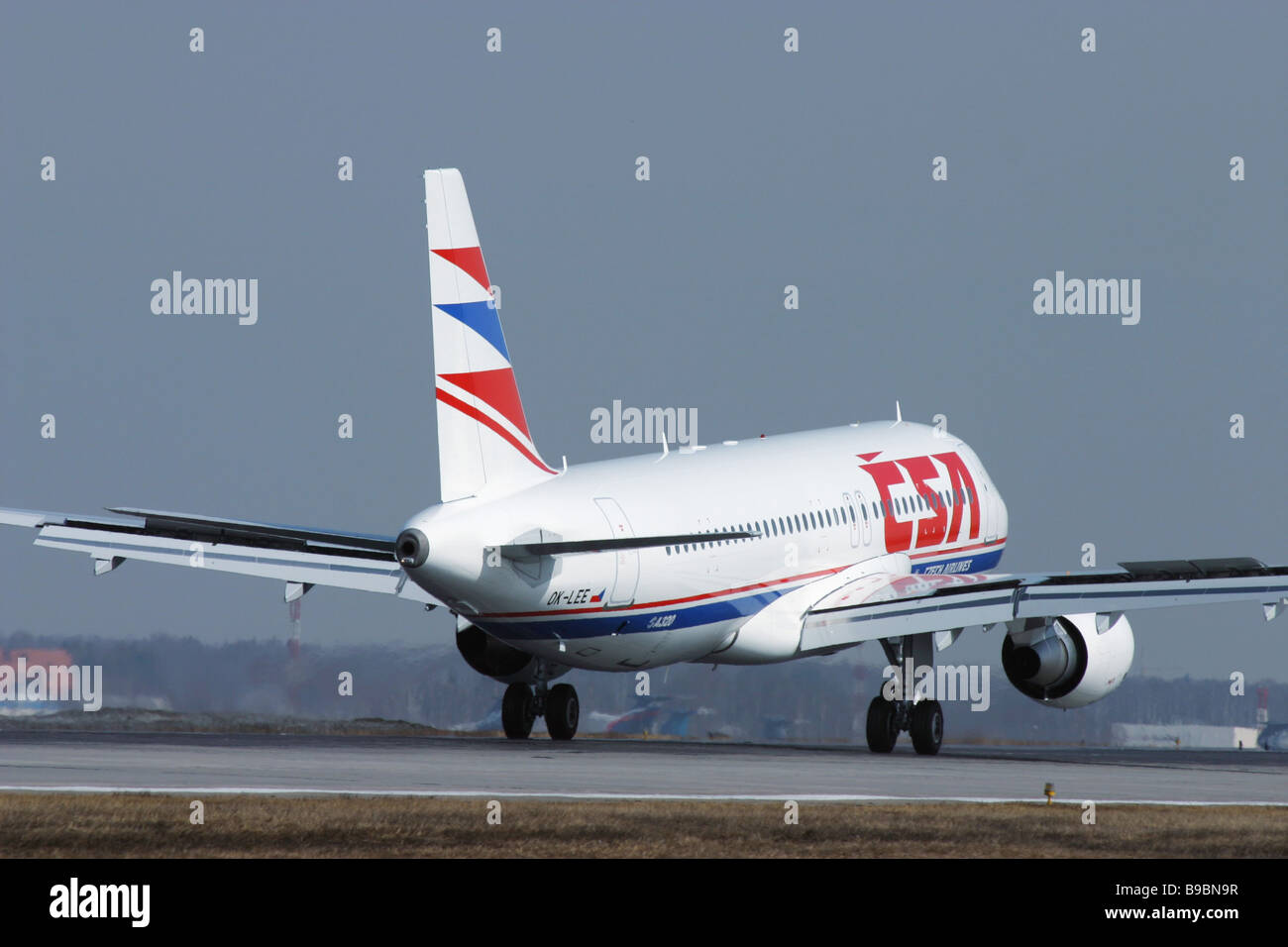 An Airbus A320 passenger airliner at Sheremetyevo airport - Stock Image
