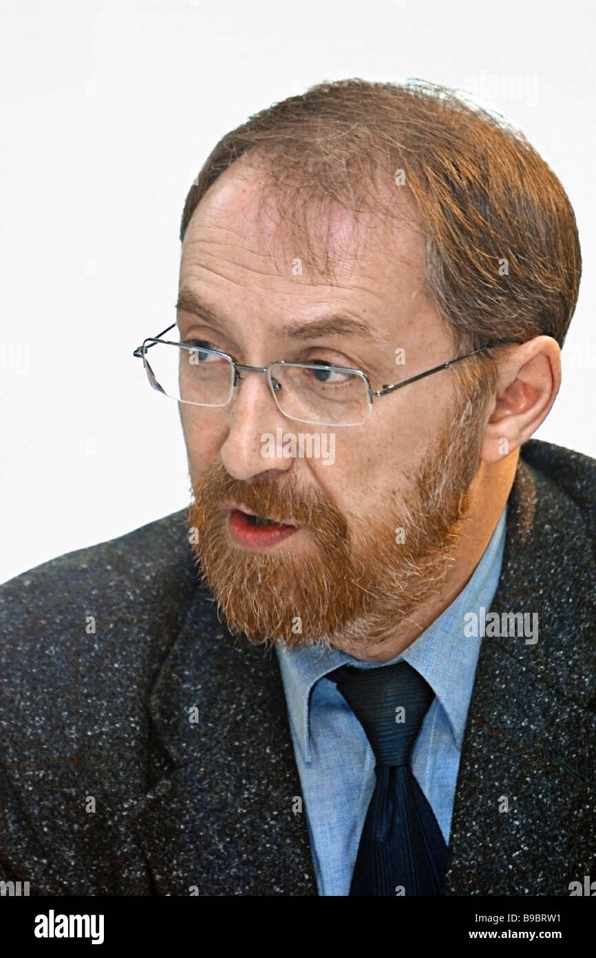 Alexander Oslon president of the Public Opinion Fund participating in the RIA Novosti agency s round table discussion - Stock Image