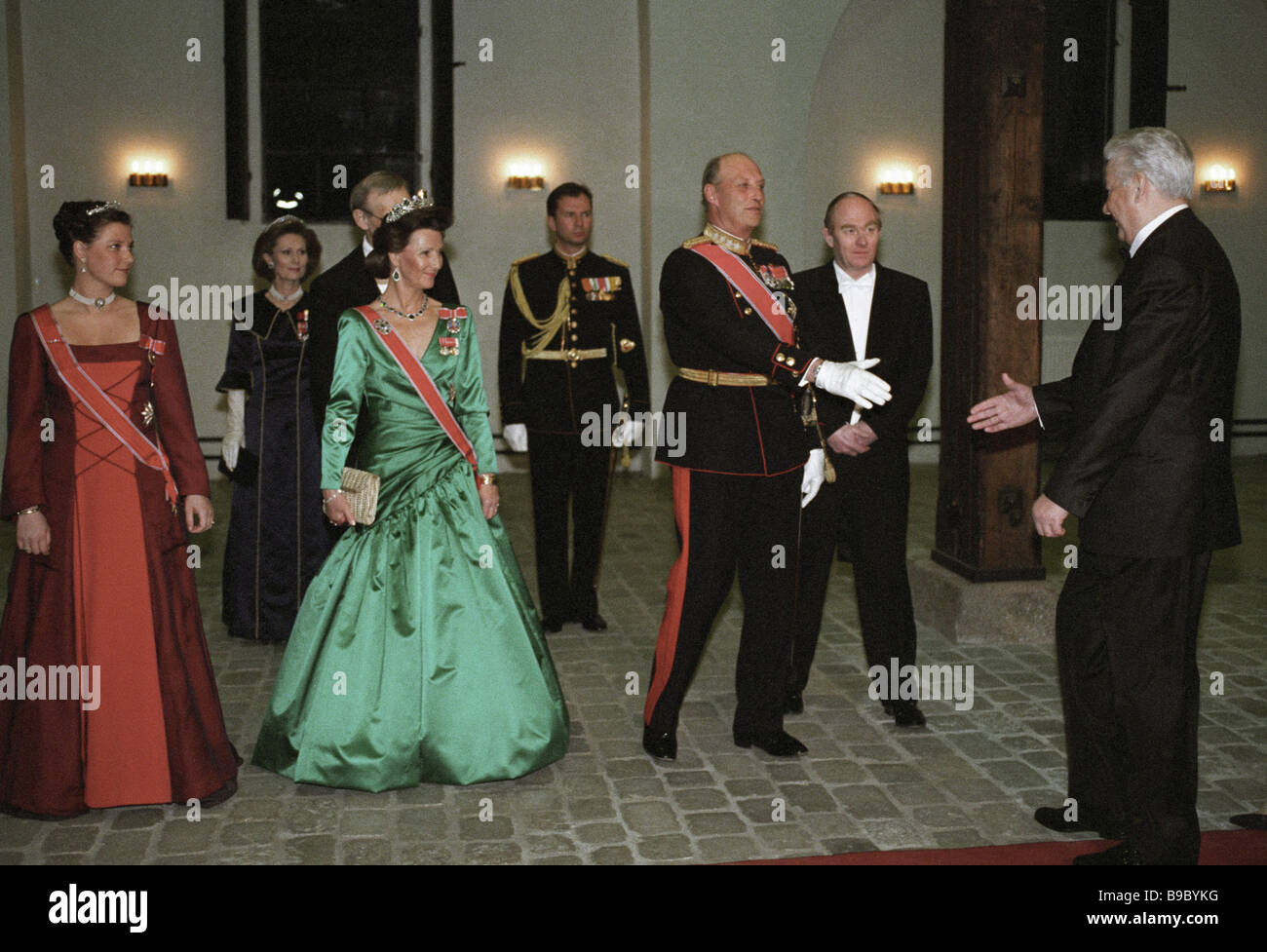 King of Norway Harald V third from right greeting Russian President Boris Yeltsin right during an official dinner - Stock Image
