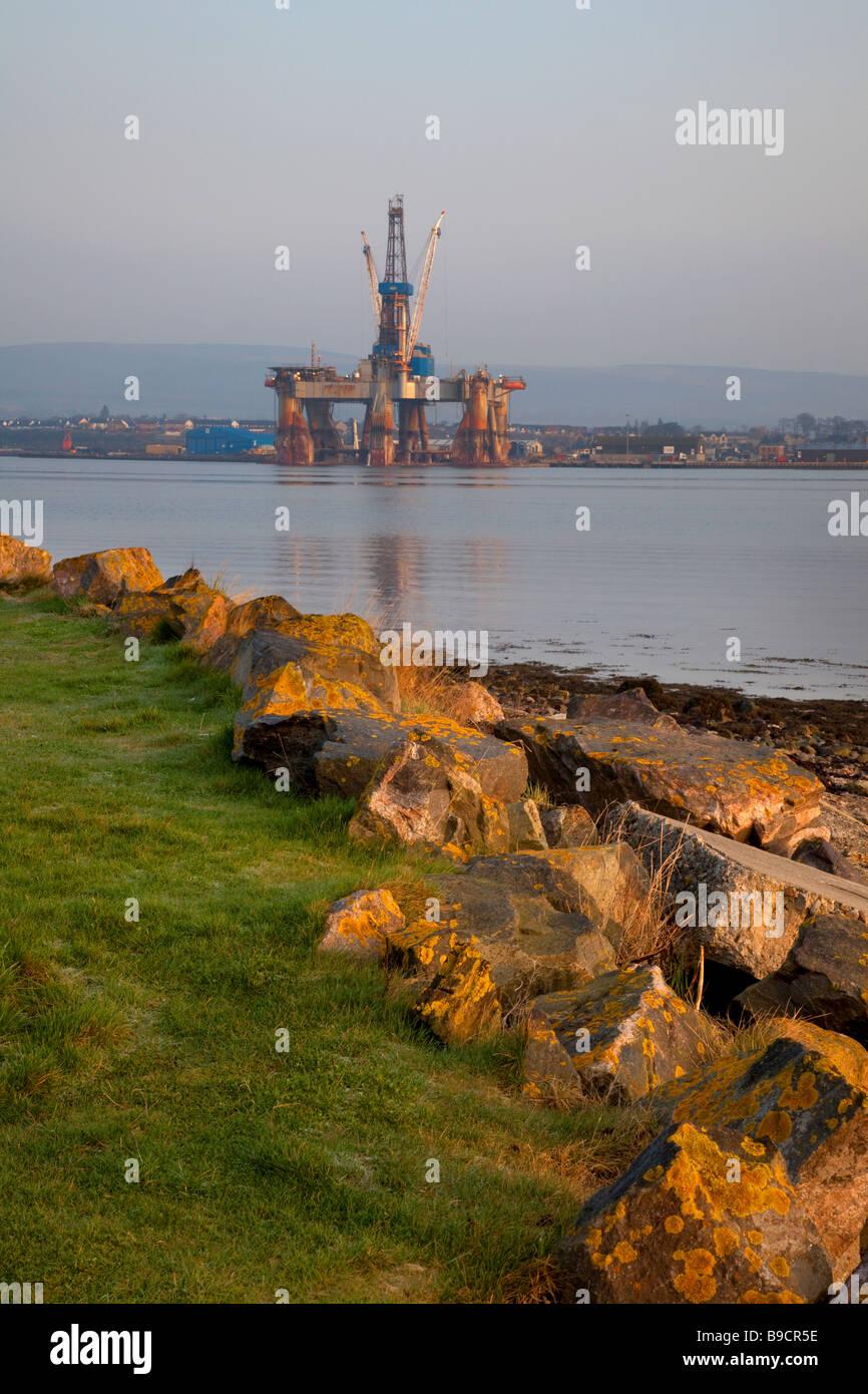 Service Platform Rig at Invergordon Deep Watter Port, Cromarty Firth in northern Scotland, UK - Stock Image