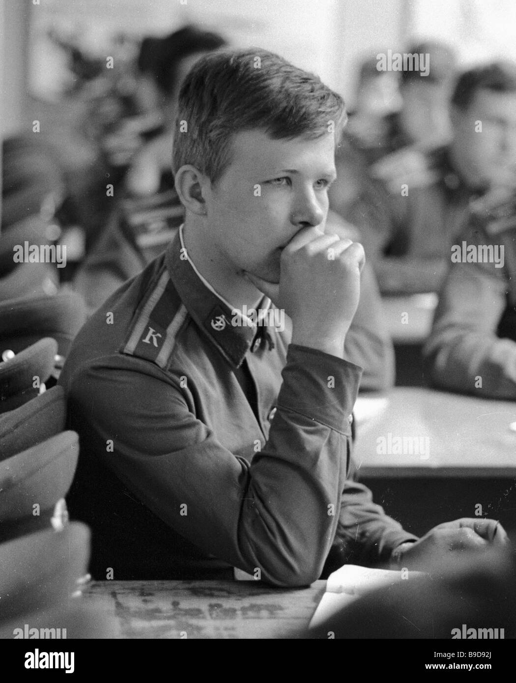 A cadet of the Moscow Mossovet Border Guards Command Higher School of the USSR KGB at the engineering training classes - Stock Image