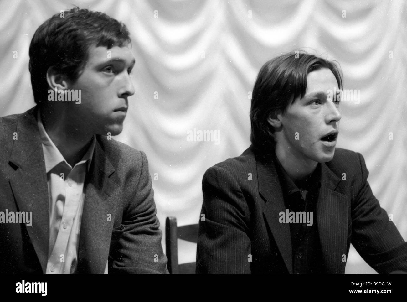 Nikita Vysotsky left and Mikhail Yefremov actors of the Sovremennik 2 Theatre Moscow - Stock Image