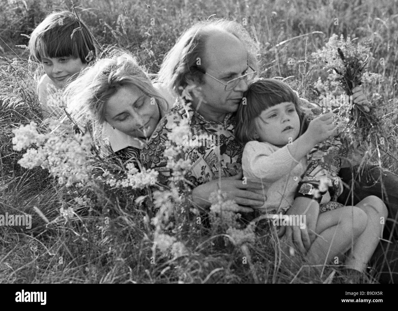 Ukrainian poet Ivan Drach and his mother - Stock Image