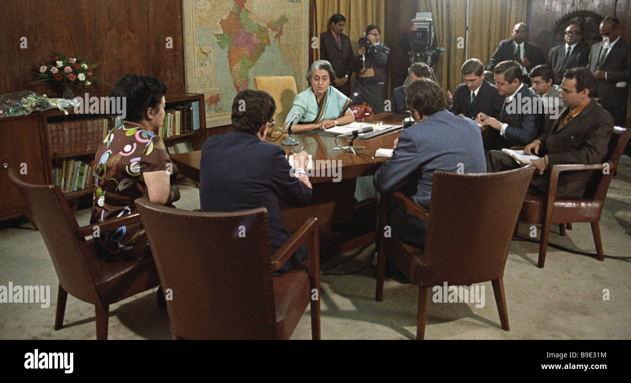 Prime Minister of India Indira Gandhi center holding a news conference dedicated to the visit of Leonid Brezhnev - Stock Image