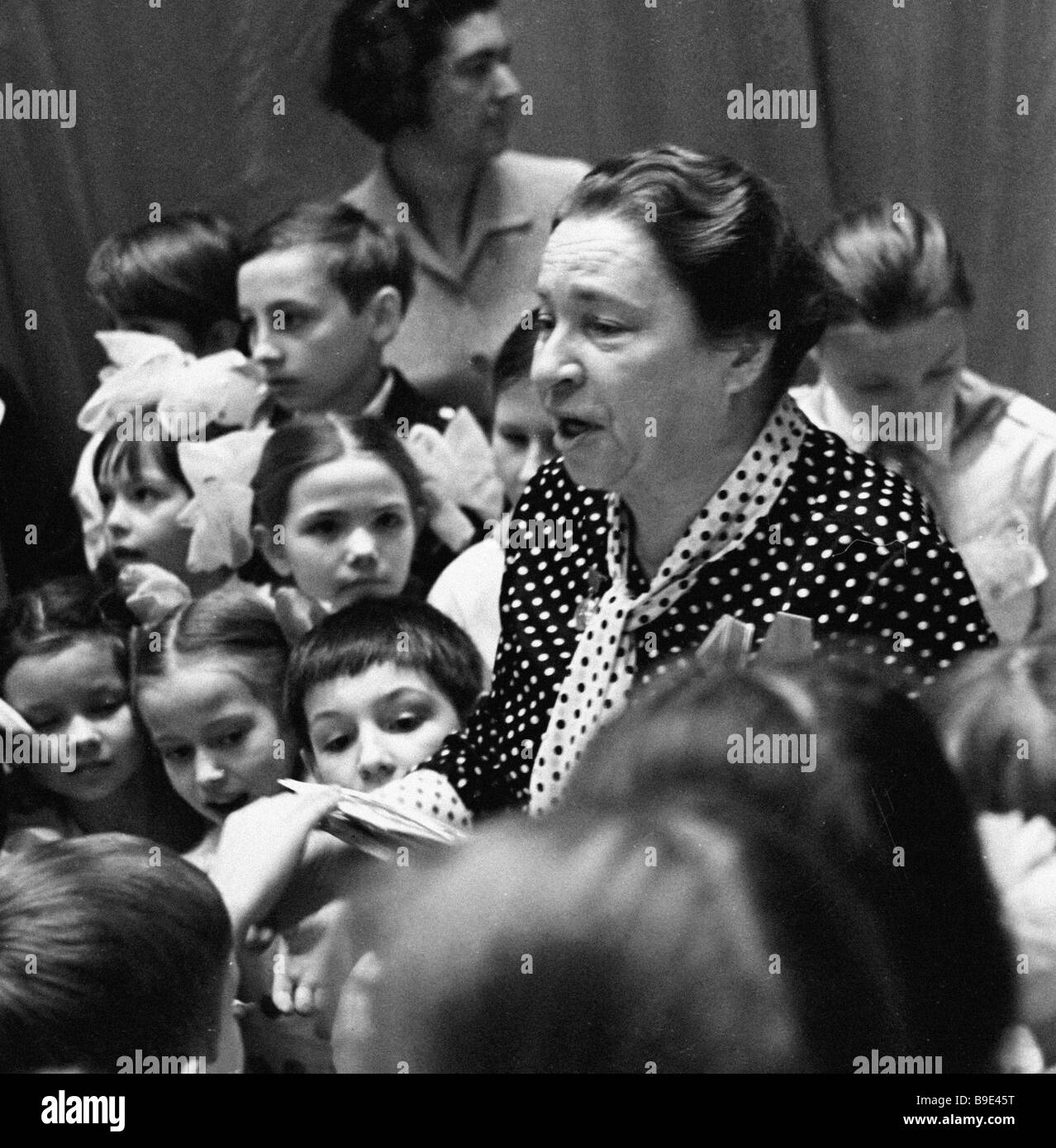 Agnia Barto verses for children: 35 small masterpieces 45