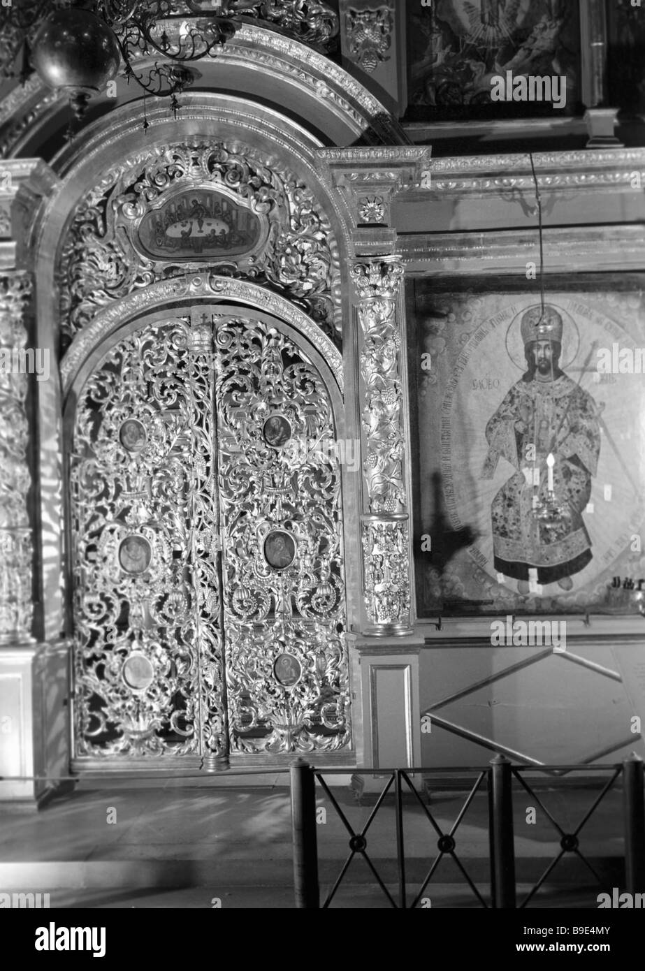 A piece of the iconostasis of the Archangel Cathedral the Tsar Gates - Stock Image
