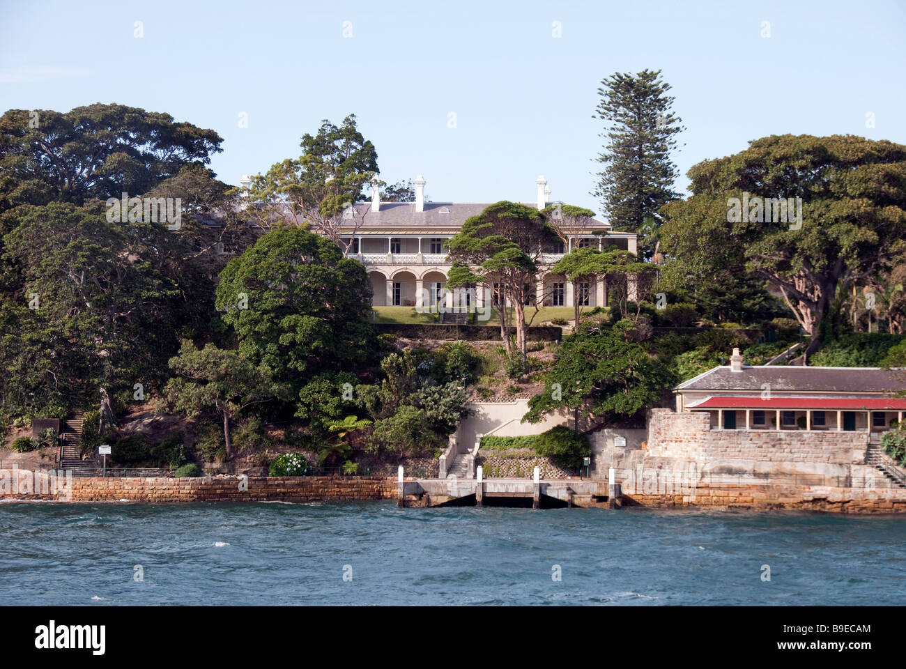 Kirribilli House, the official Sydney residence of the Australian Prime Minister viewed from a passing Manly Ferry - Stock Image