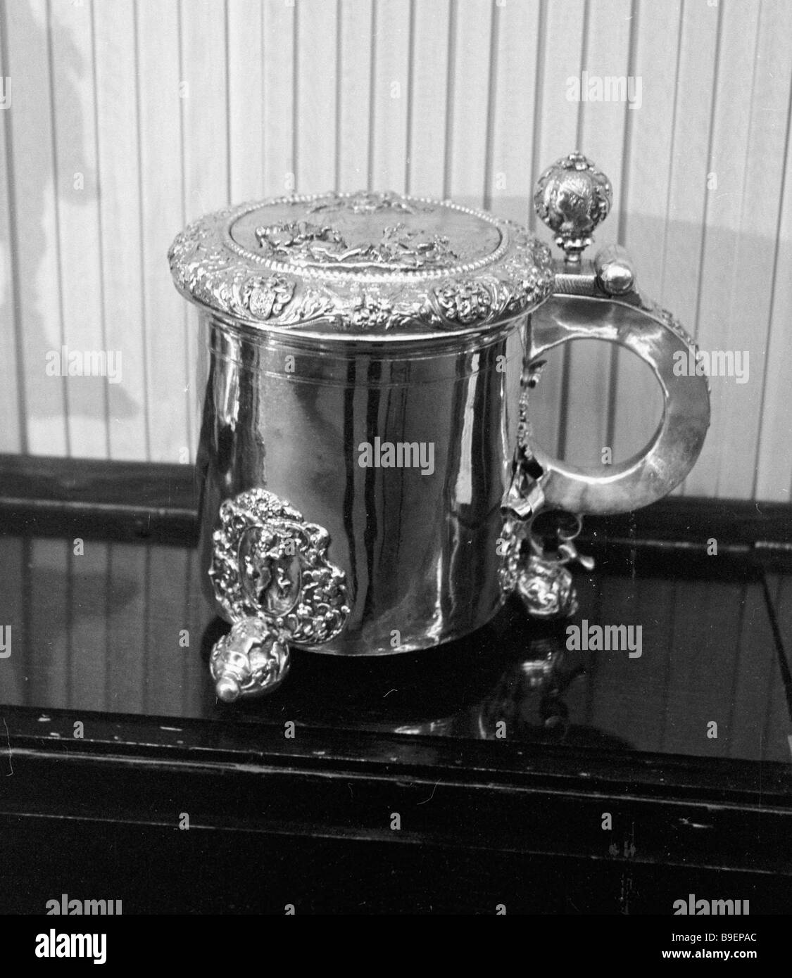 17th century silver cup a gift from Swedish King Karl XI to Riga Magistro from Riga History Museum collection - Stock Image