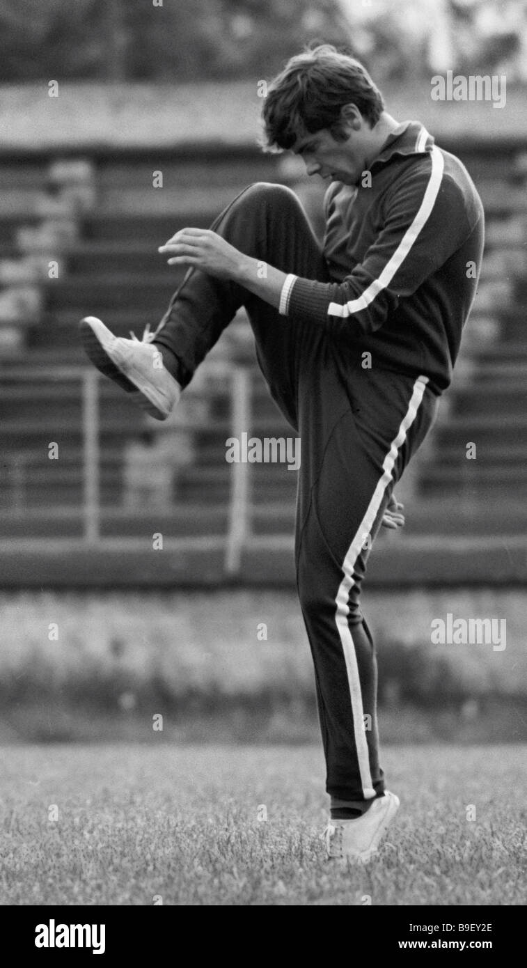 Soviet national football team half back Vladimir Muntian training - Stock Image