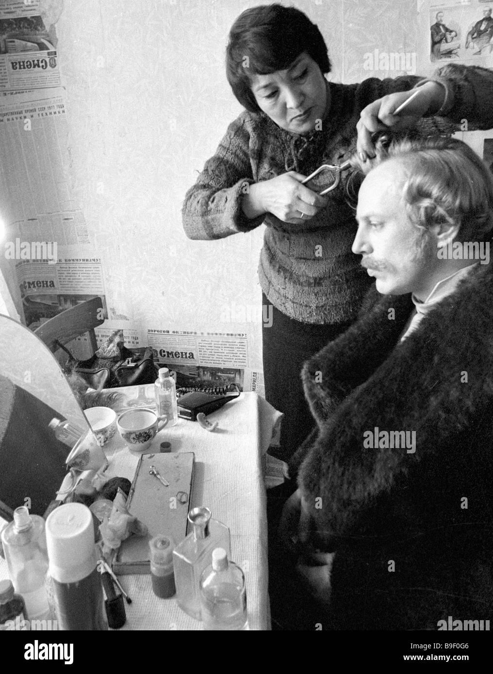Biography of Oleg Strizhenov: by chance