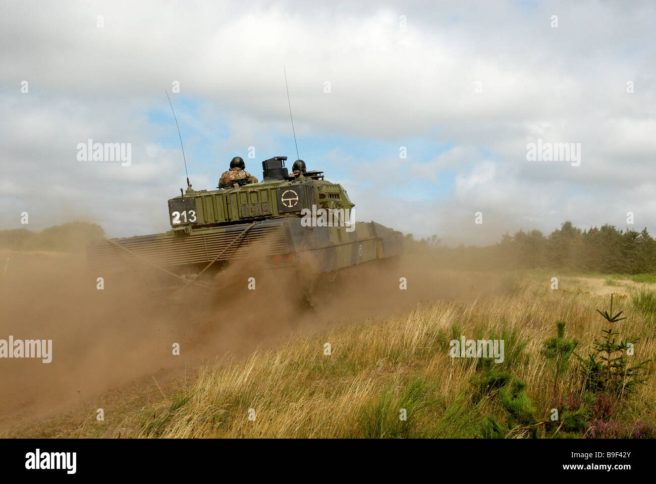 Danish leopard 2 A5 during attack - Stock Image