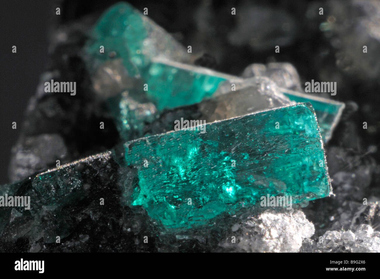 Emerald, crystals in rock - Stock Image