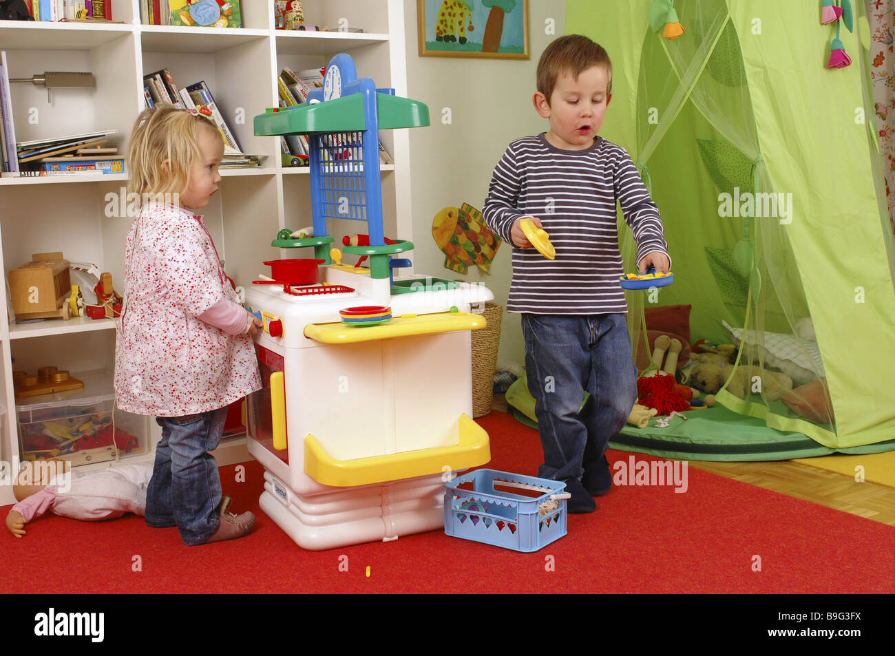 nursery boy girl toy-kitchen play together series people ...