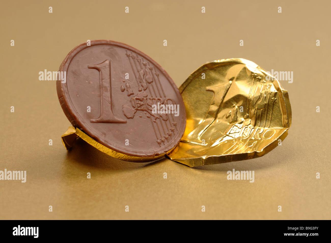Chocolate Euro coin - Stock Image