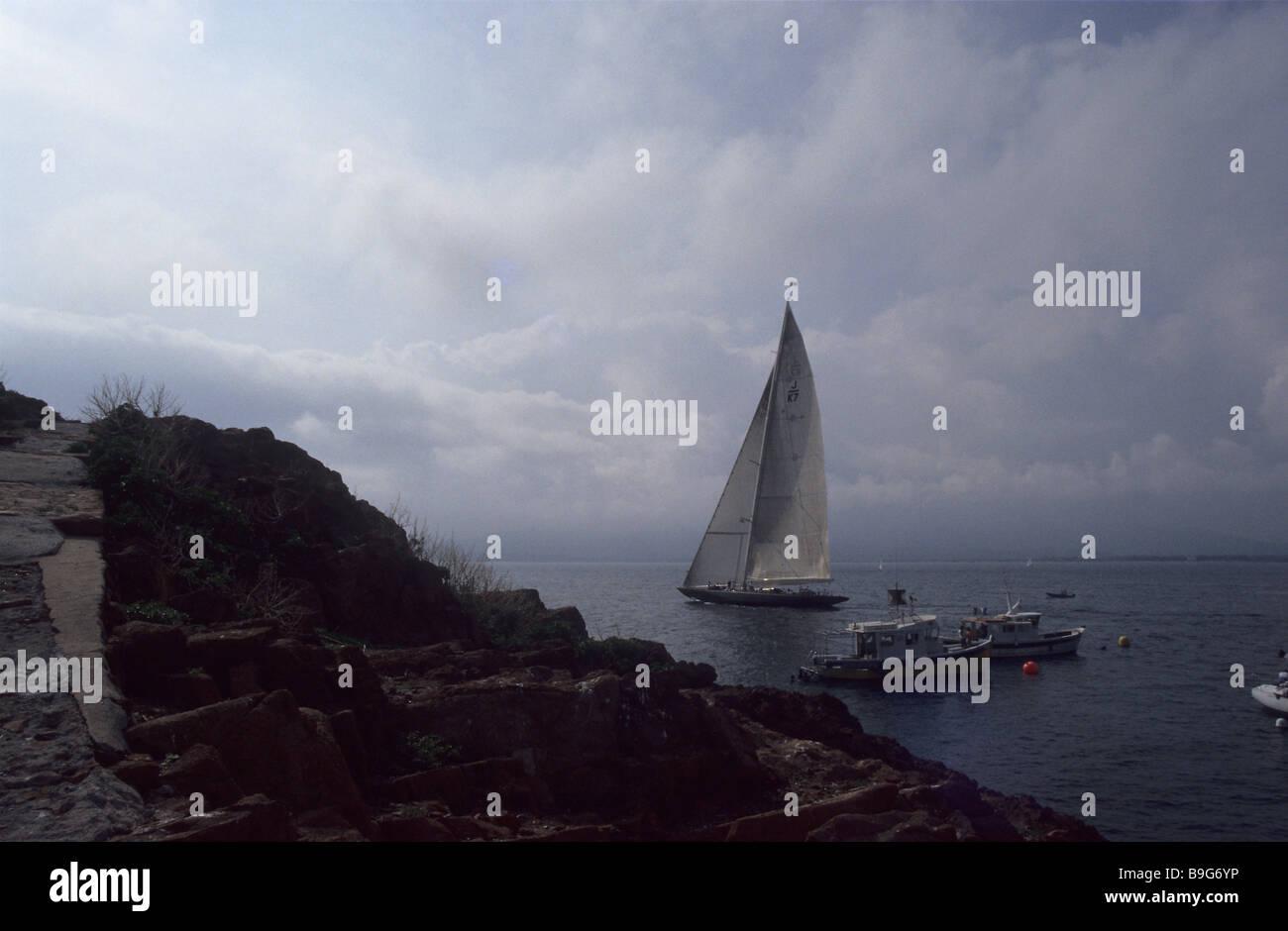 France Cote d'Azur St. Tropez coast lake sail-yacht fisher-boats - Stock Image