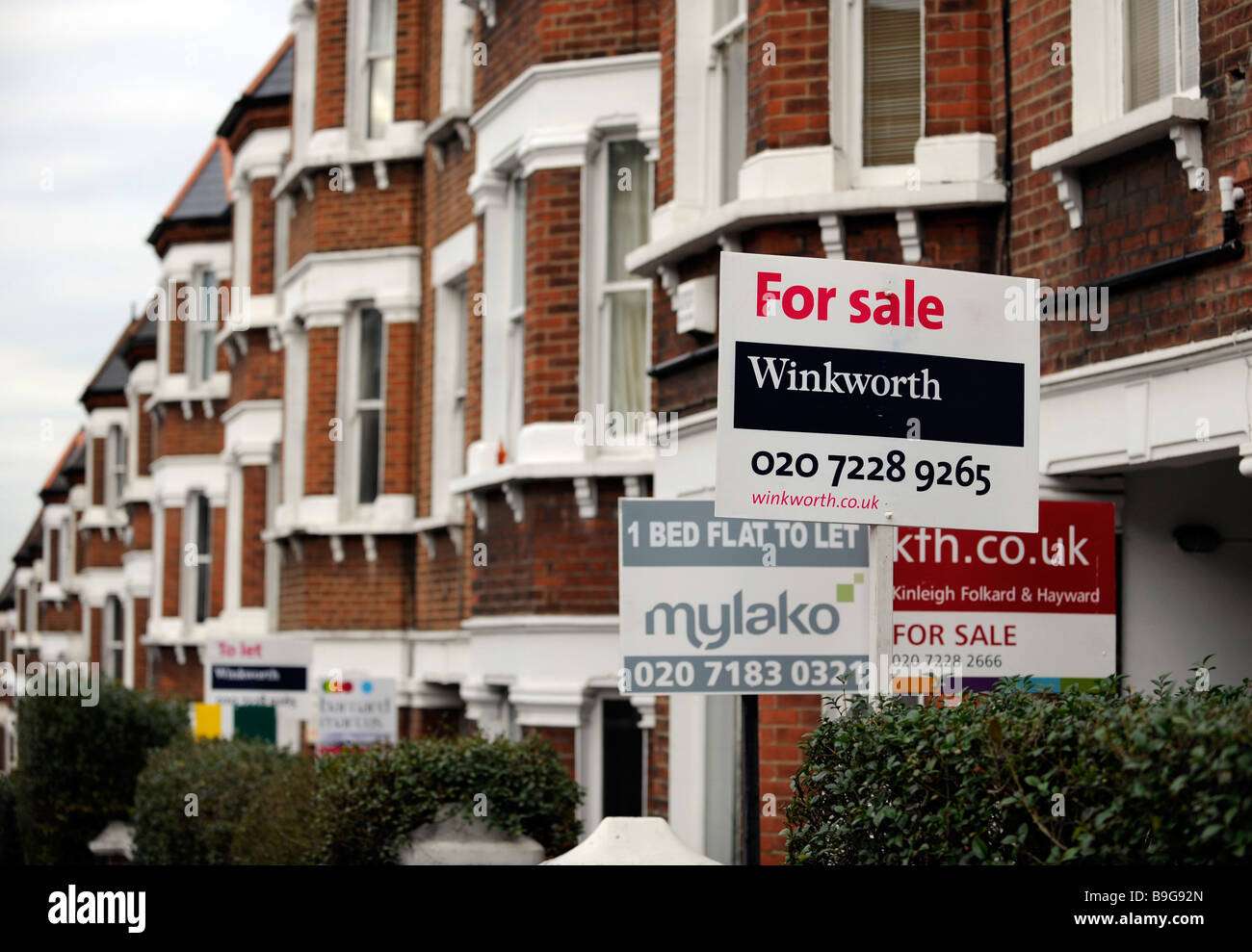 Stupendous Real Estate For Sale To Let Signs Outside Terraced Flats Download Free Architecture Designs Rallybritishbridgeorg