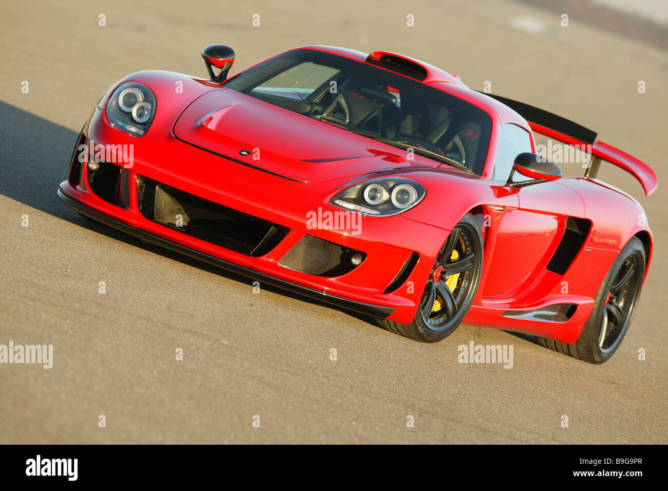 Porsche Gemballa Mirage Red Front View Series Vehicle Car Sport Cars