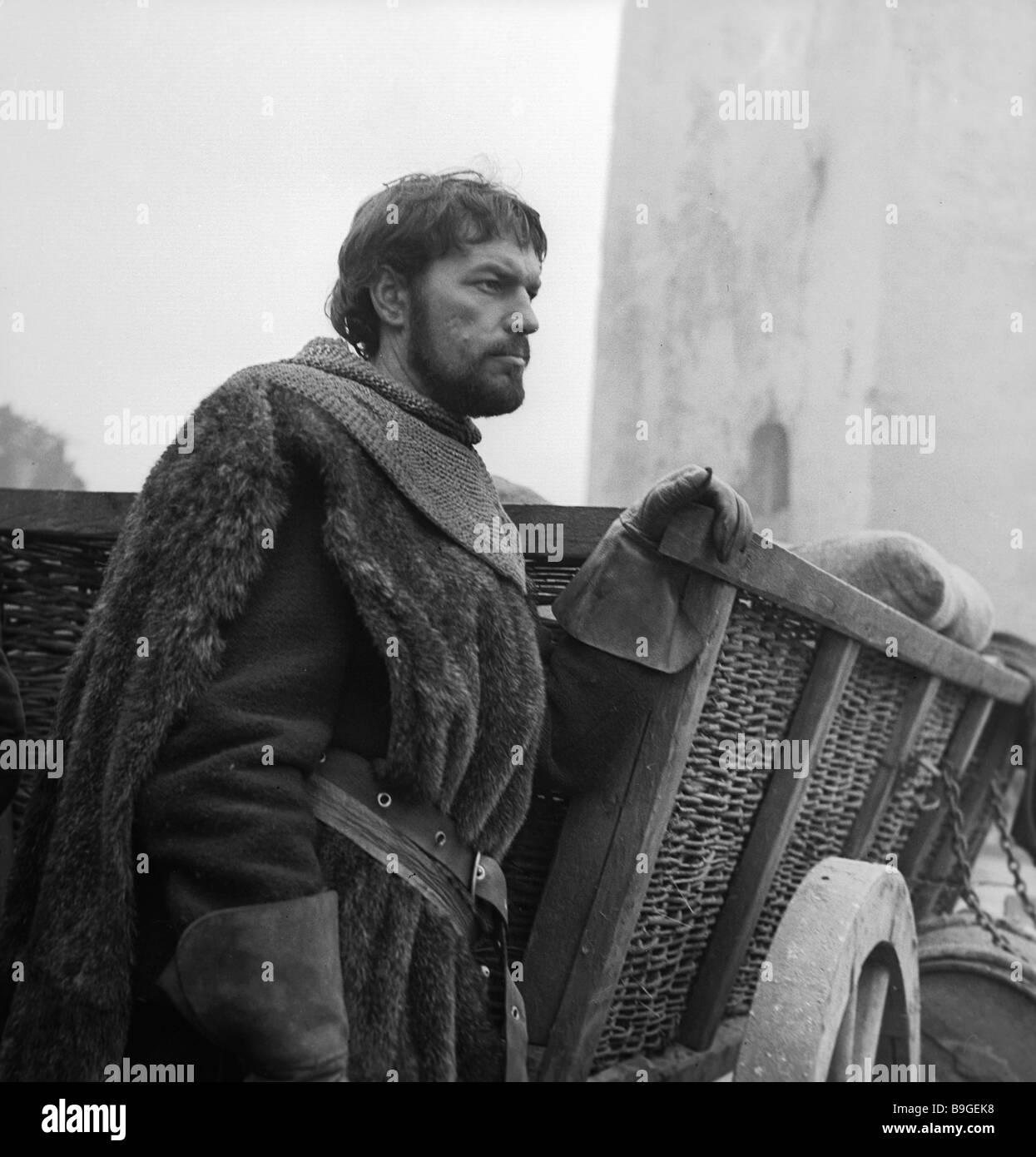 Regimantas Adomaitis on the location of Grigory Kozintsev s movie King Lear - Stock Image