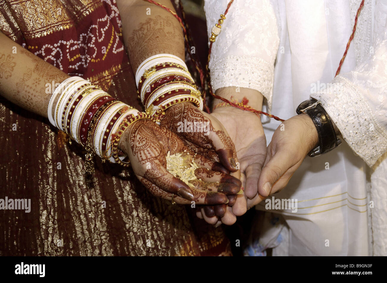 Mehndi Hands Couple : Patterns of mehndi stock photos images