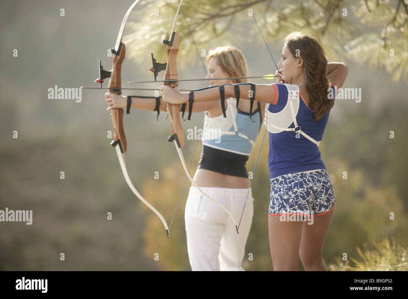 Women Stands Archery Arrow Bow Destinations Sport 18 Years 40 50 Stock Photo Alamy .bow #bow and arrow #experience points #dinusty empire #substancepainter #marmoset #gearbox #gearbox software #gio #weapons #texture #digital 3d #hardsurface #fan art #anime #manga #3d modeling #3d art #comic art #beetle #beetle arrow. https www alamy com stock photo women stands archery arrow bow destinations sport 18 years 40 50 years 23110894 html