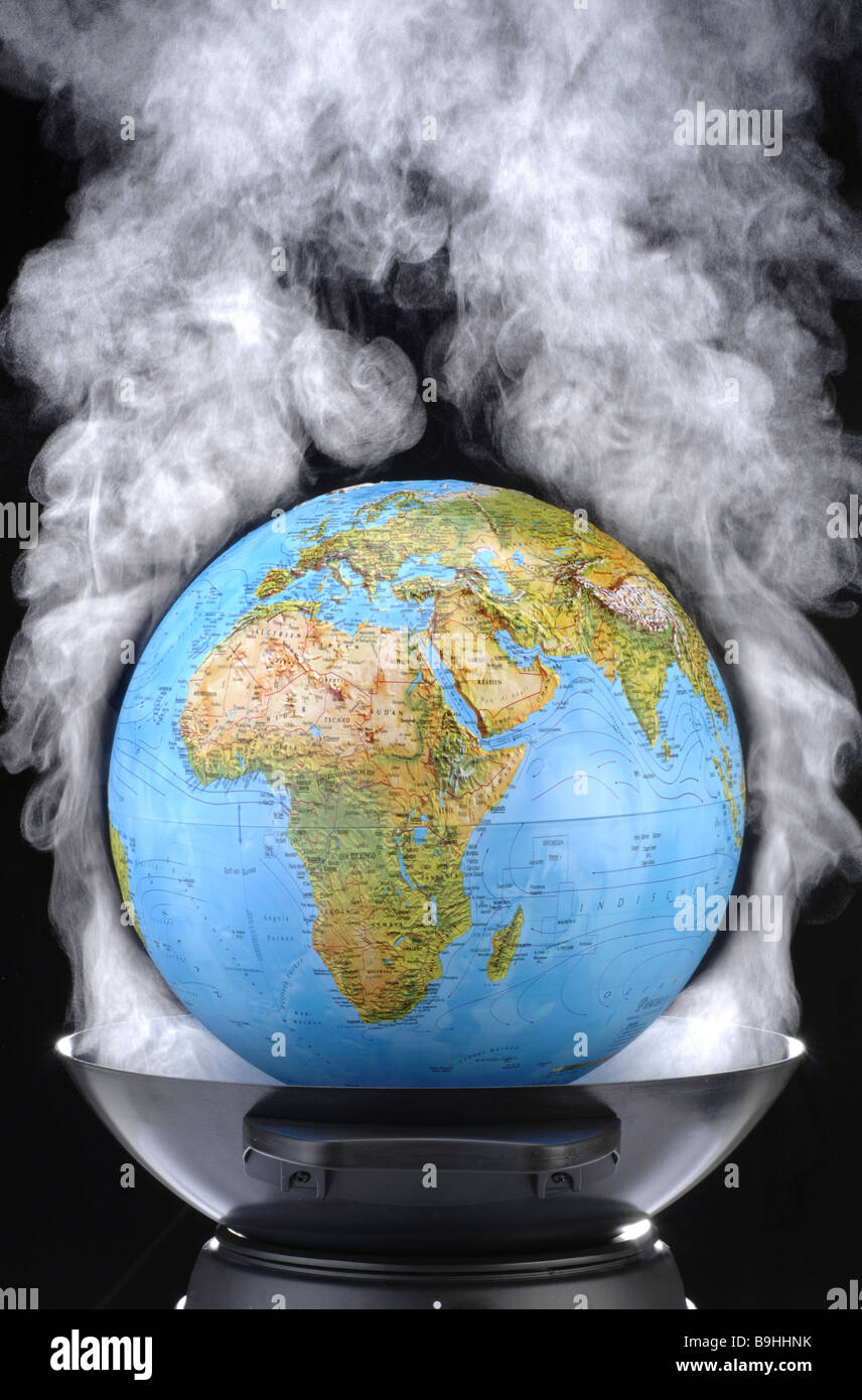 Saucepan Wok globe steam symbol global warming climate concept globe world waste of energy climate climate-protection - Stock Image