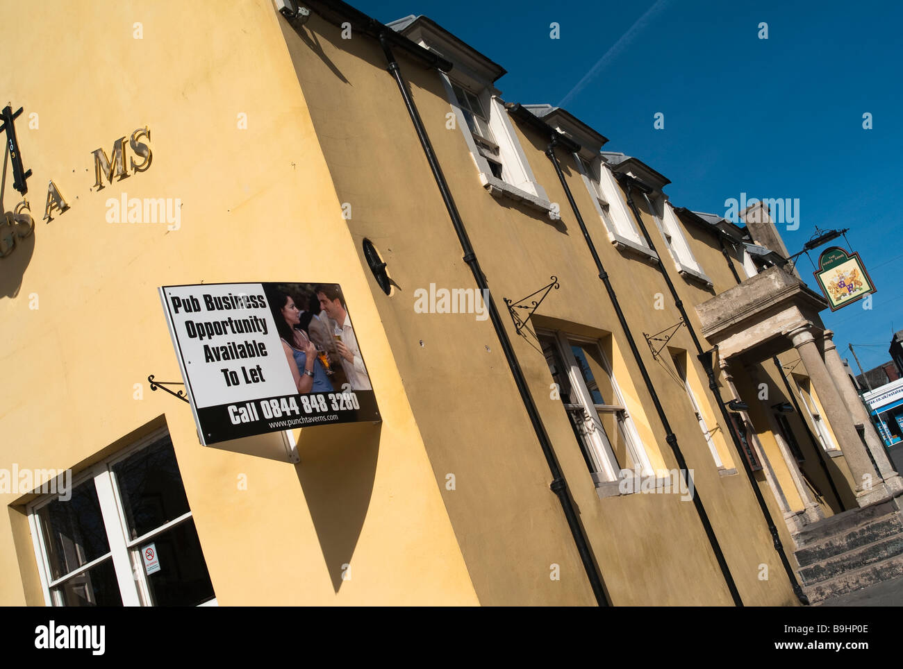 Pub business on the slide during recession 2009 - Stock Image
