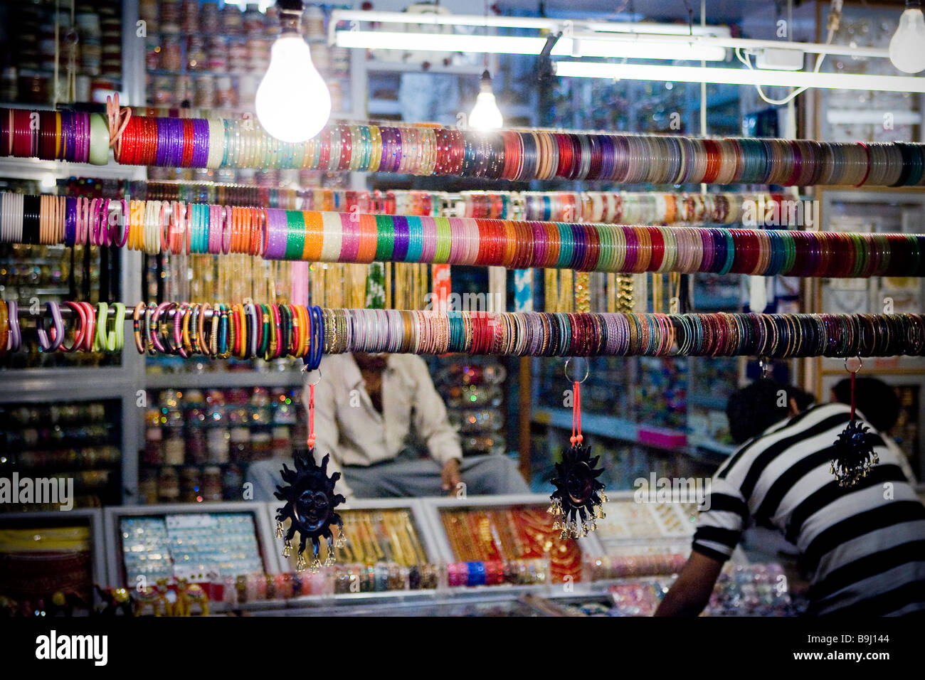 markets blog shop for places colourful to delhi get bangle shopping best bangles in diaries