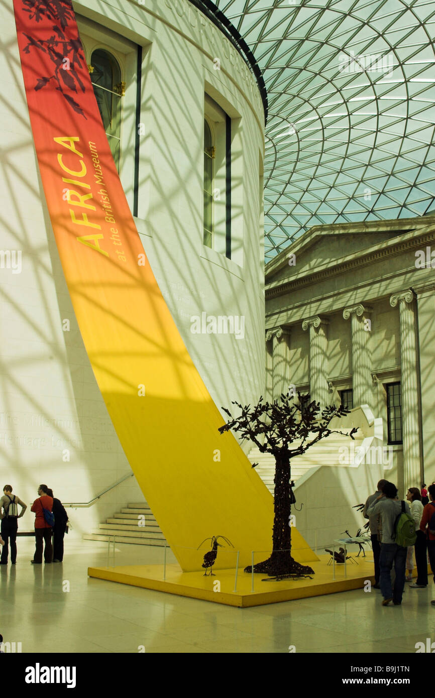 british museum interior view of africasn art exhibition instalation ...
