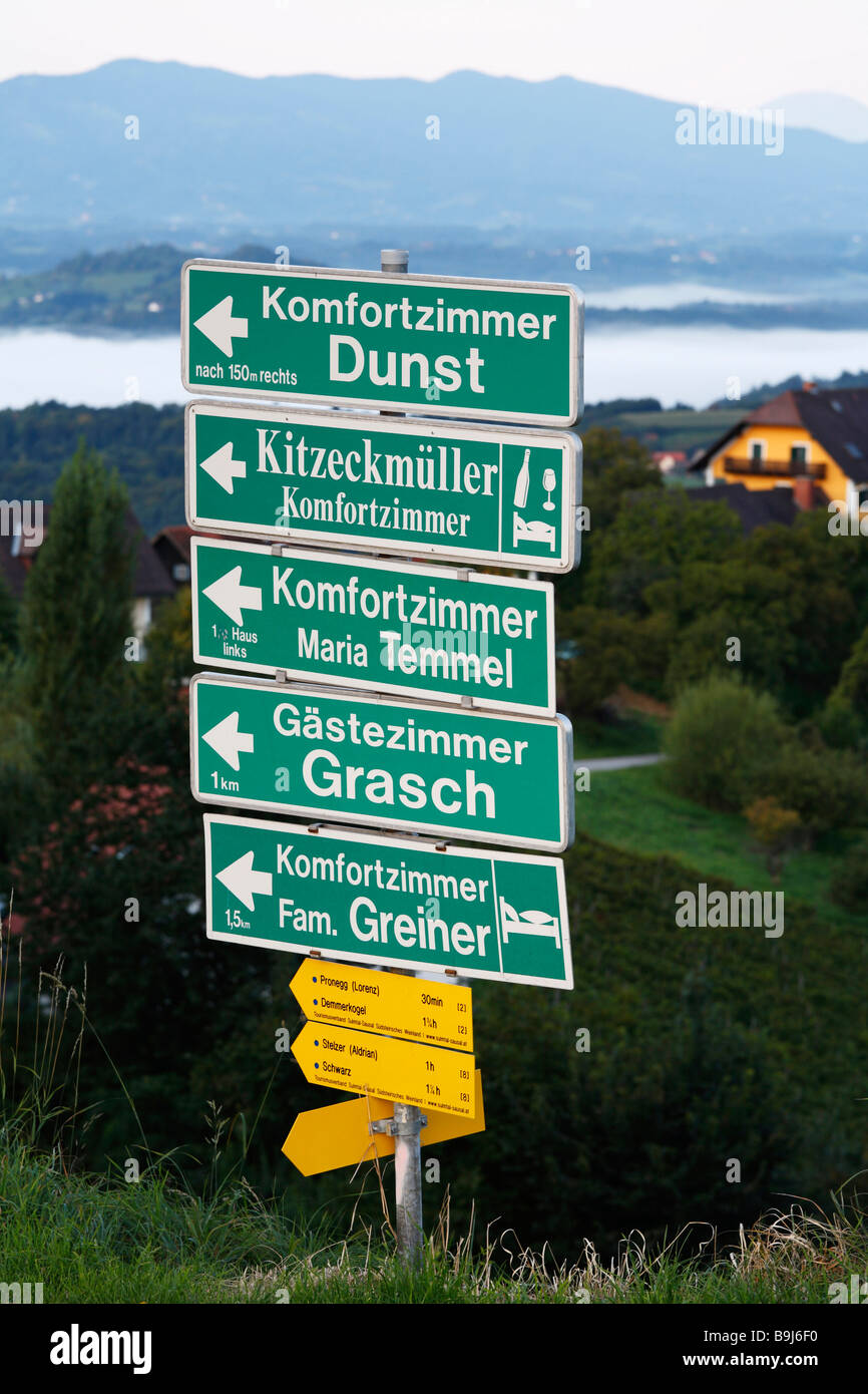 Direction signs for accomodation facilities, Kitzeck im Sausal, Sausaler Weinstrasse, wine-growing area, Styria, - Stock Image