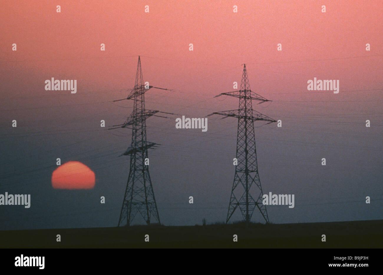 powerlines in sundown - Stock Image