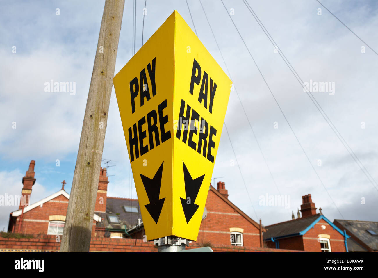Pay Here car park sign - Stock Image