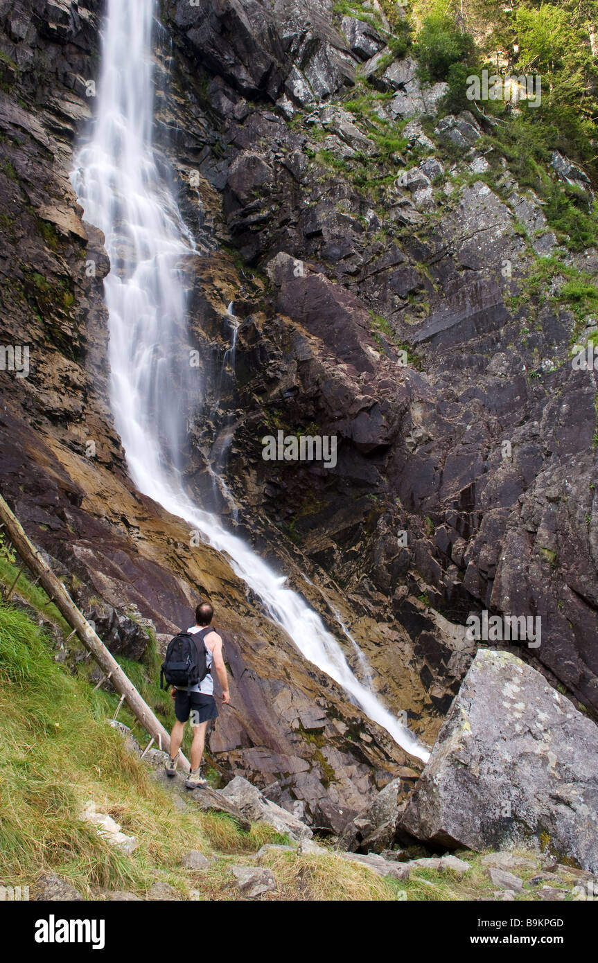 France, Ariege, Ars Cascade visible from GR 10 long distance hiking trail passing through Pyrenees Mountains - Stock Image