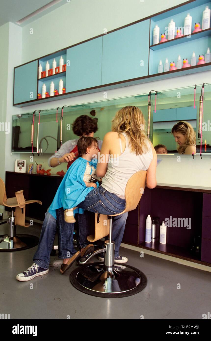 Paris Coiffure Stock Photos Paris Coiffure Stock Images Alamy