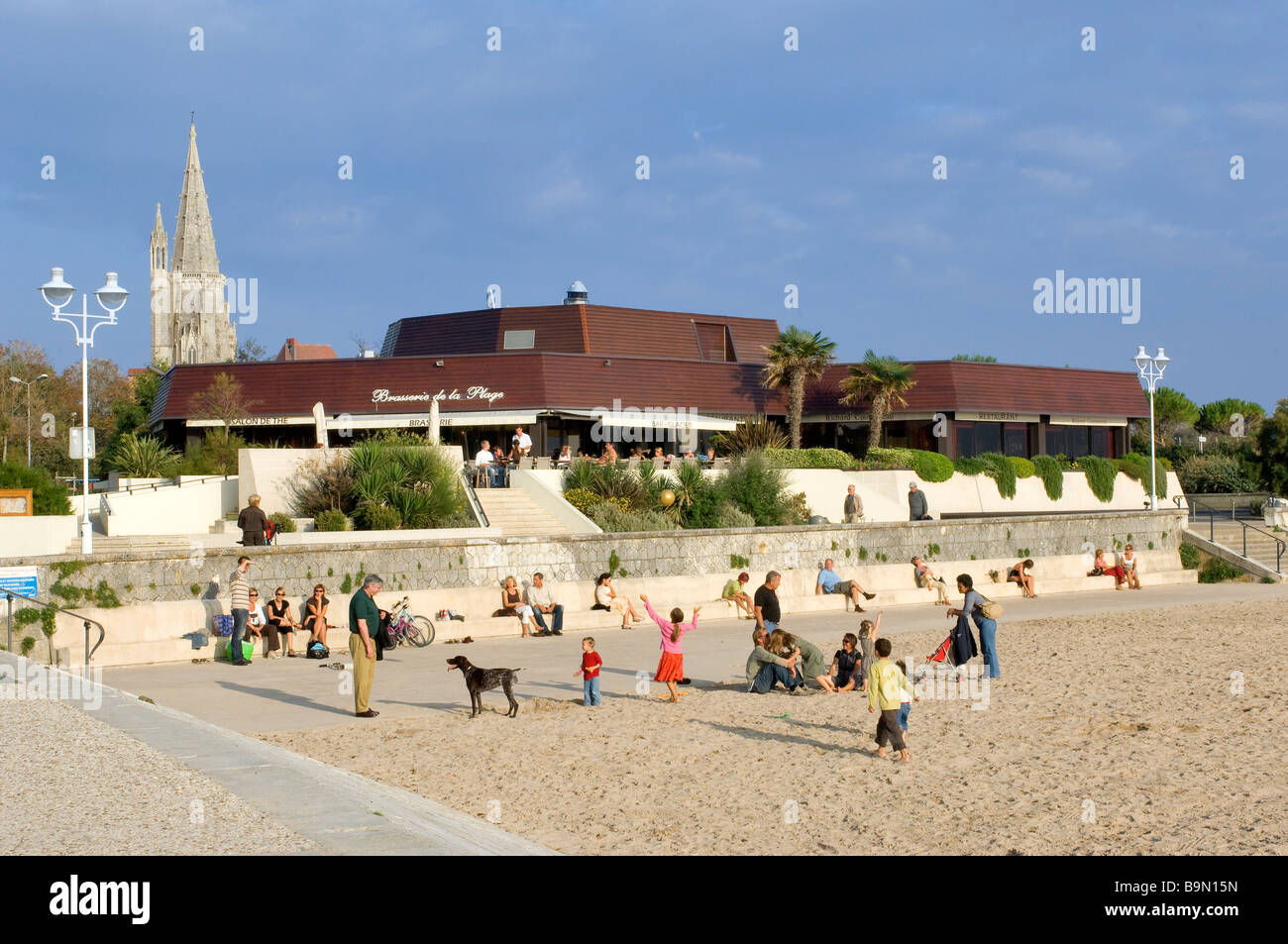France, Charente Maritime, La Rochelle, the Concurrence beach and and the Lantern Tower (15th century)in the background - Stock Image