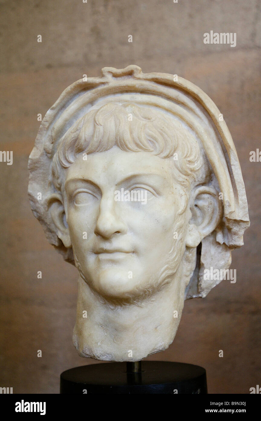 Greece, Peloponnese, Corinth, archaeological museum, head of Emperor Nero (60 AC) - Stock Image