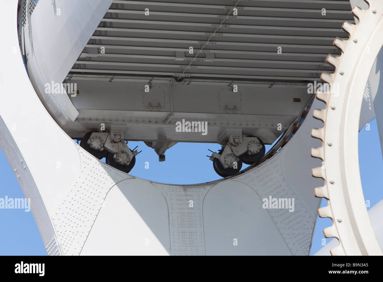 Close up detail of gondola on the Falkirk Wheel as it rotates - Stock Image