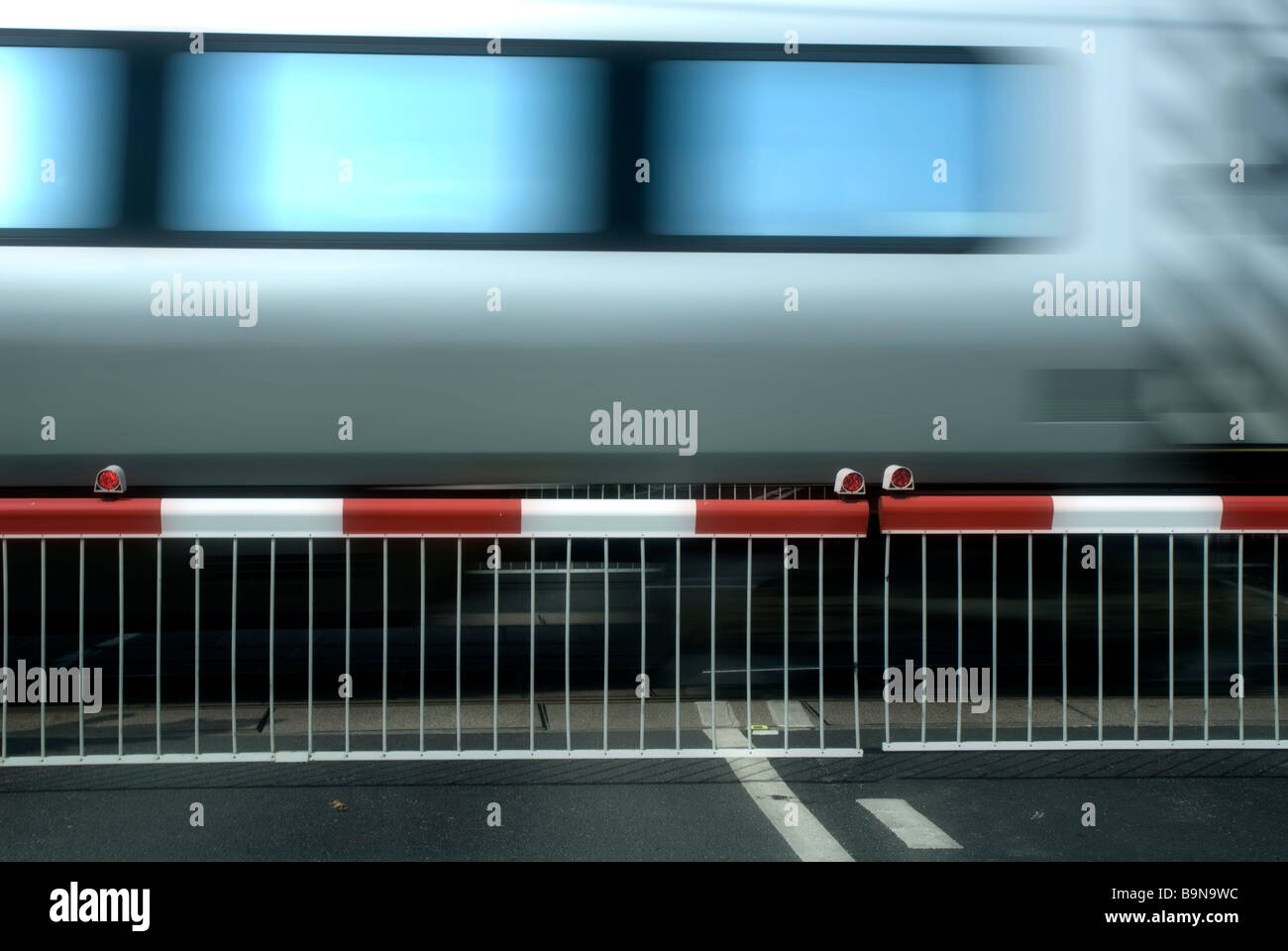 Train at crossing - Stock Image