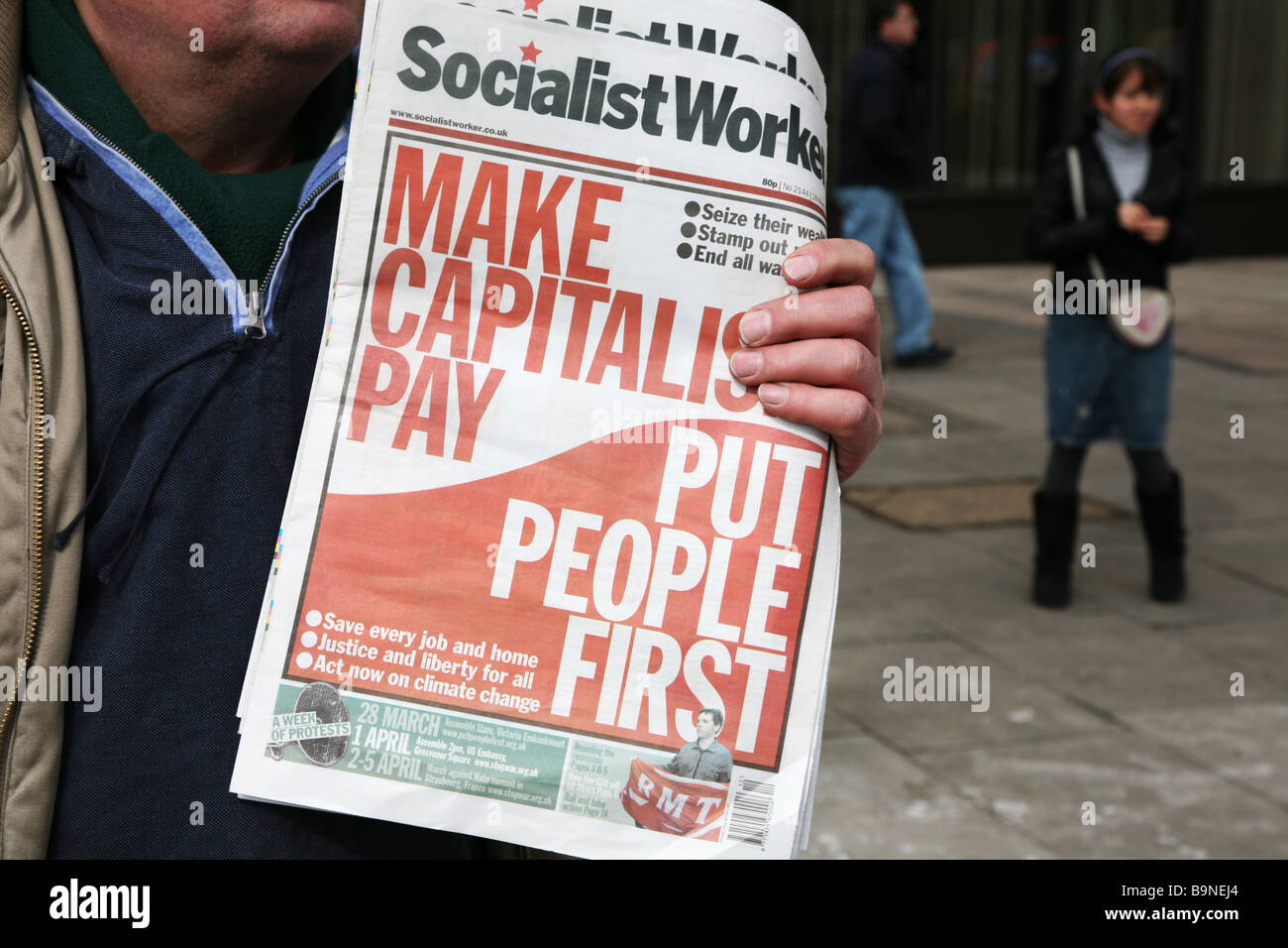 The socialist worker newspaper, headlines. - Stock Image