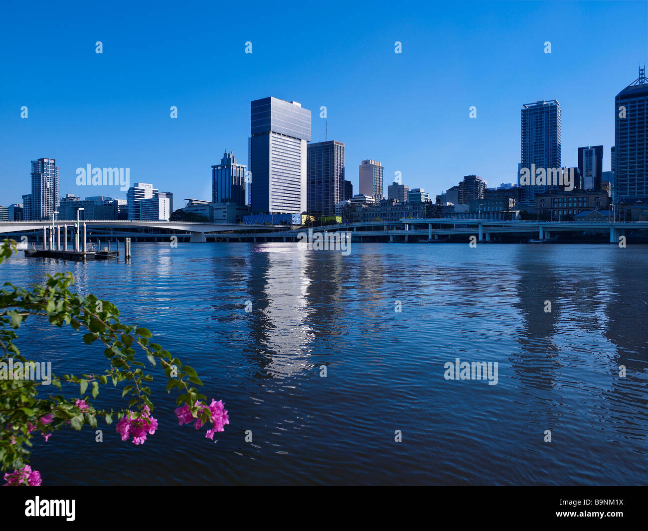 Brisbane City, Riverside Expressway & Victoria Bridge Queensland Australia - Stock Image