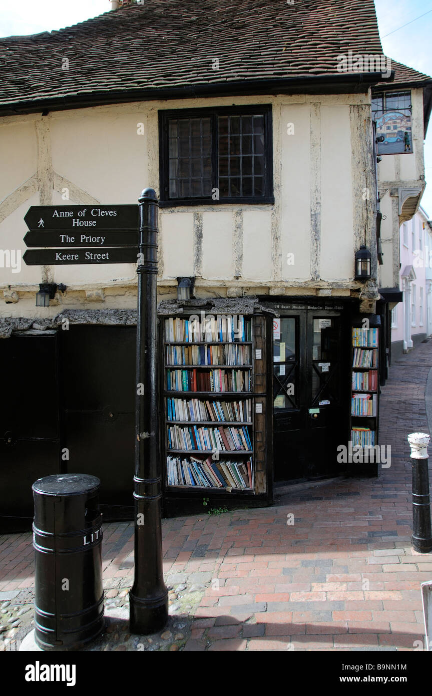 The Fifteenth Century Bookshop on High Street Lewes East Sussex England UK A timber framed historic building - Stock Image