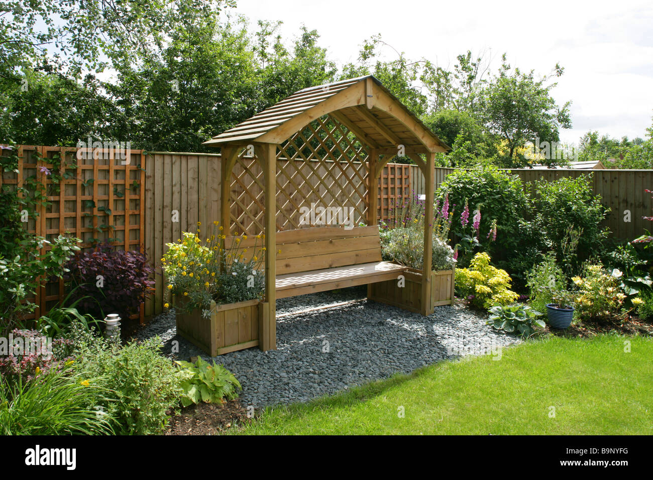 Garden Pergola Stock Photos & Garden Pergola Stock Images - Alamy