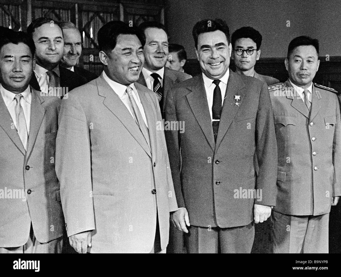 The Soviet and North Korean leaders Leonid Brezhnev 3rd right and Kim Il Sung 4th left - Stock Image