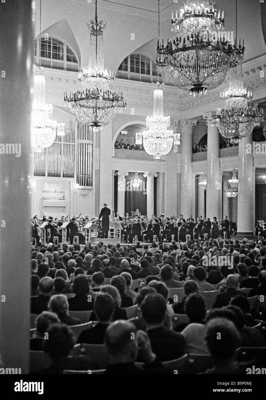 The premiere of Dmitry Shostakovich s Symphony No 12 at the Leningrad philharmonic - Stock Image