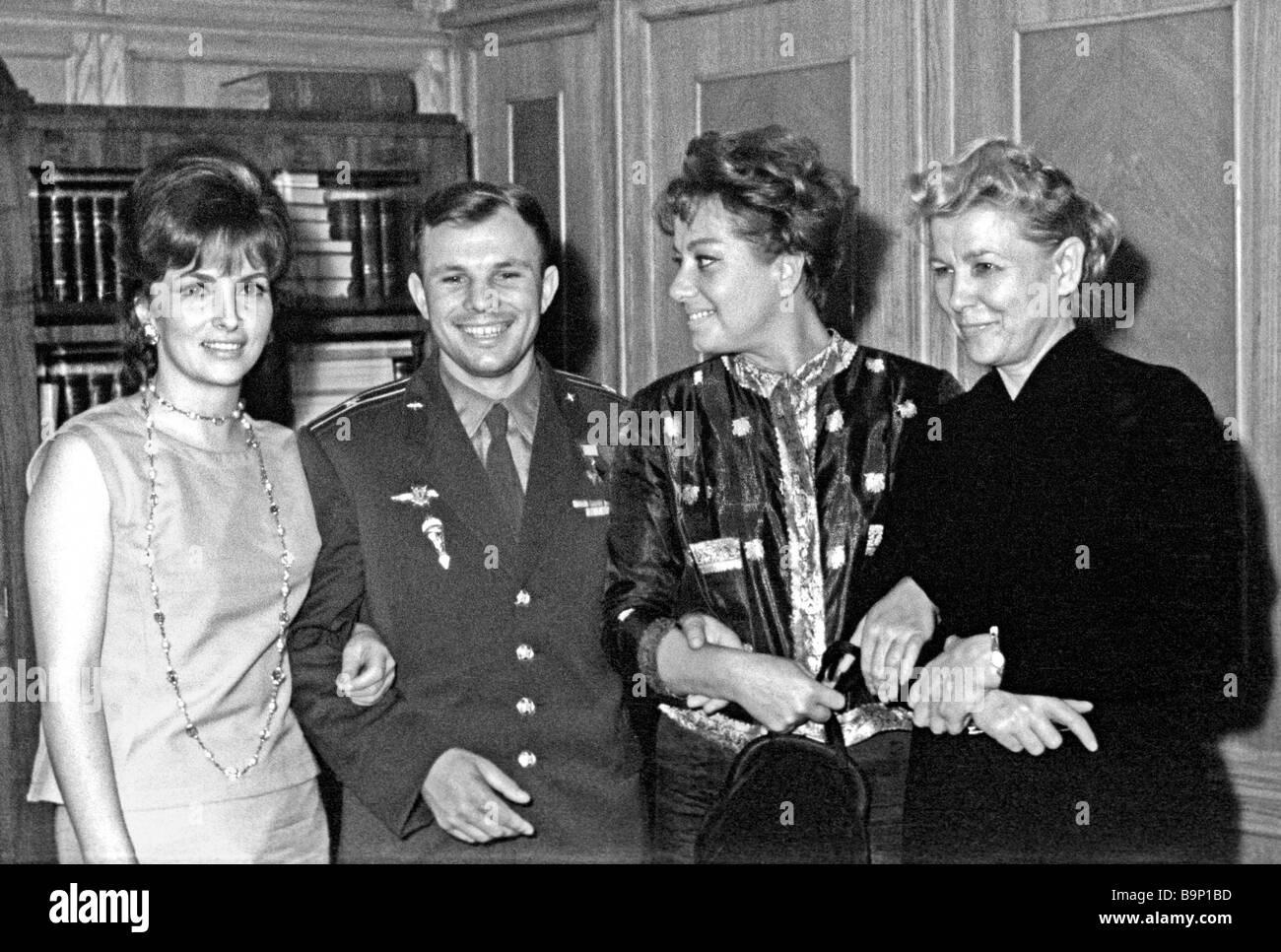 Italian actresses Gina Lollobrigida left and Marisa Merlini second right guests of the Second Moscow International - Stock Image