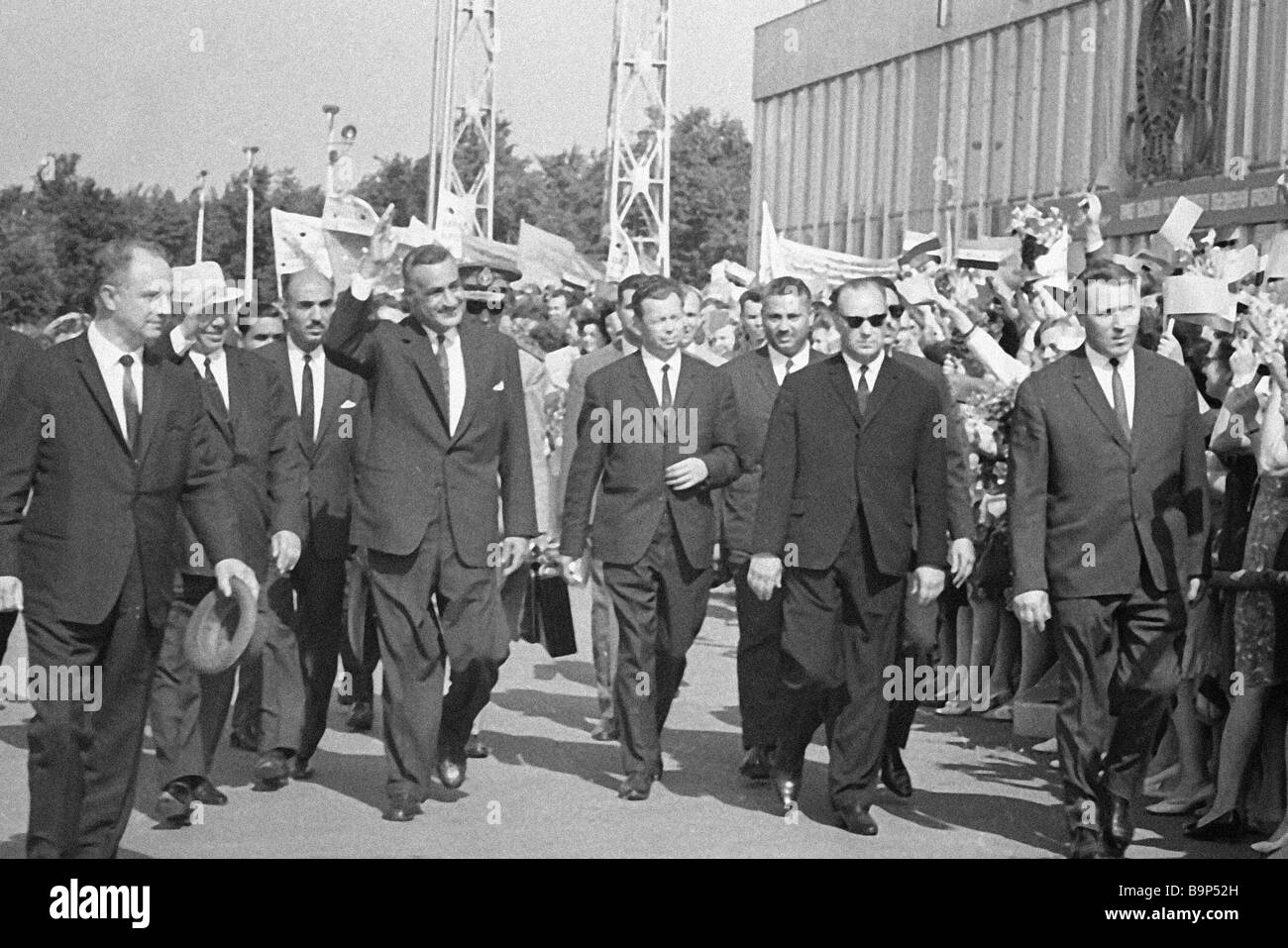 The Soviet Communist Party s Secretary General Nikita Khrushchev second left welcoming Egyptian President Gamal - Stock Image