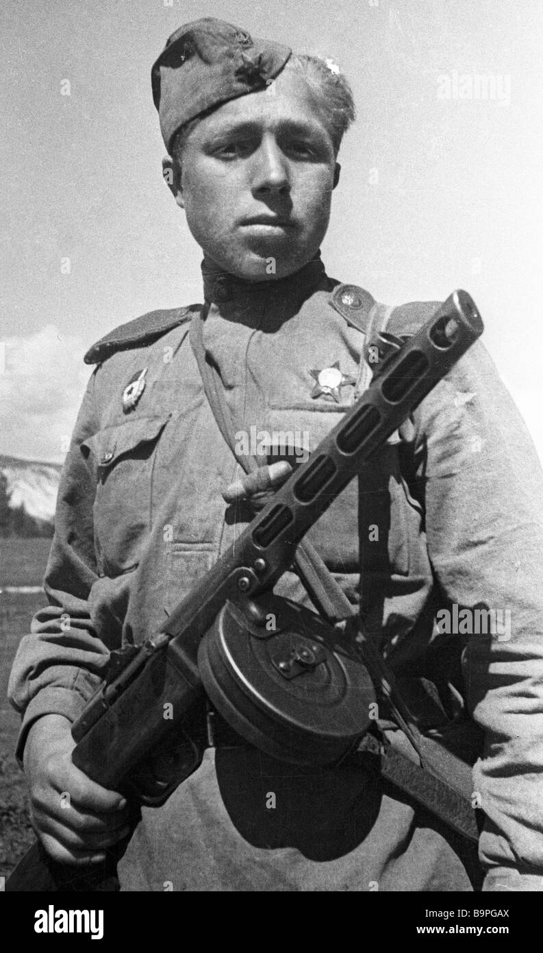N M Shevoldayev a reconnaissance machine gunner of the South Western Front - Stock Image