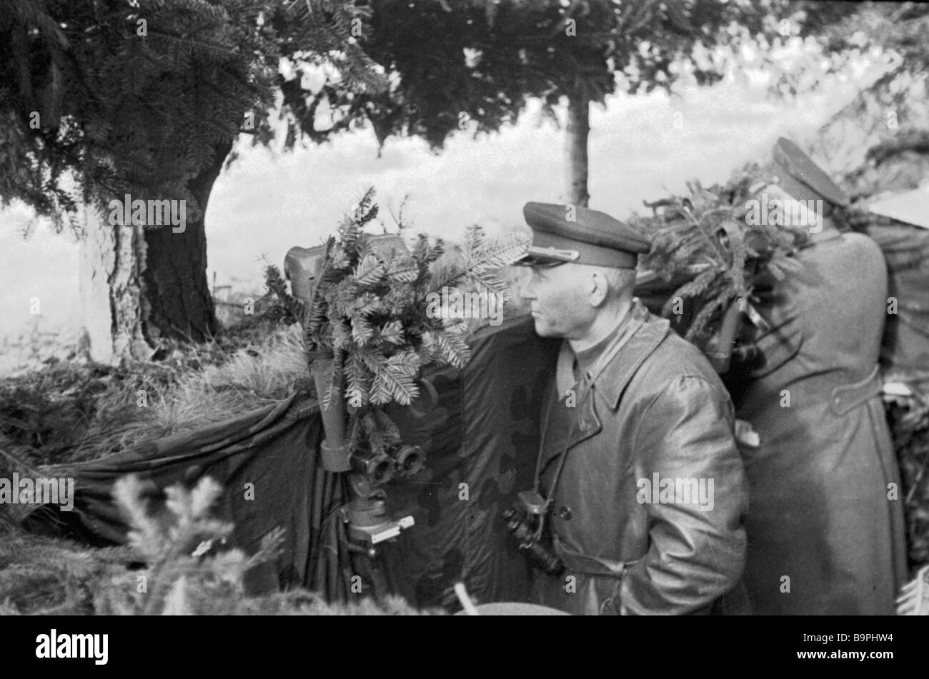 Front commander Marshal of the Soviet Union I Konev observing a battle near Krosno - Stock Image