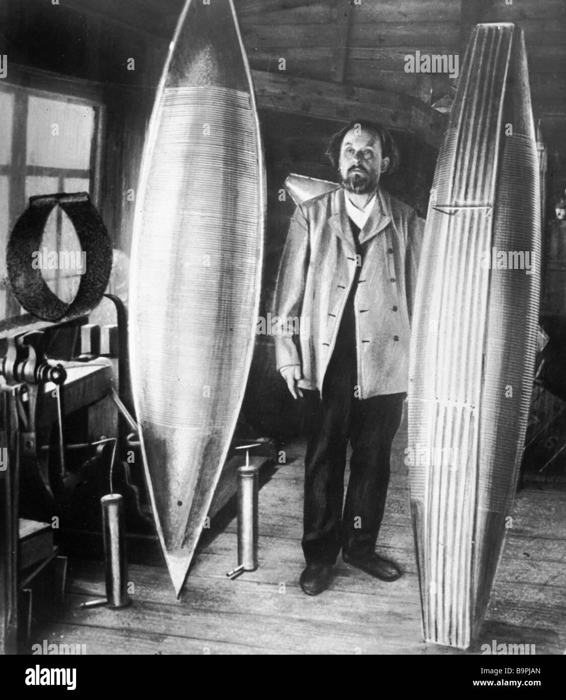 Founder of aeronautics Konstantin Tsiolkovsky in his studio - Stock Image