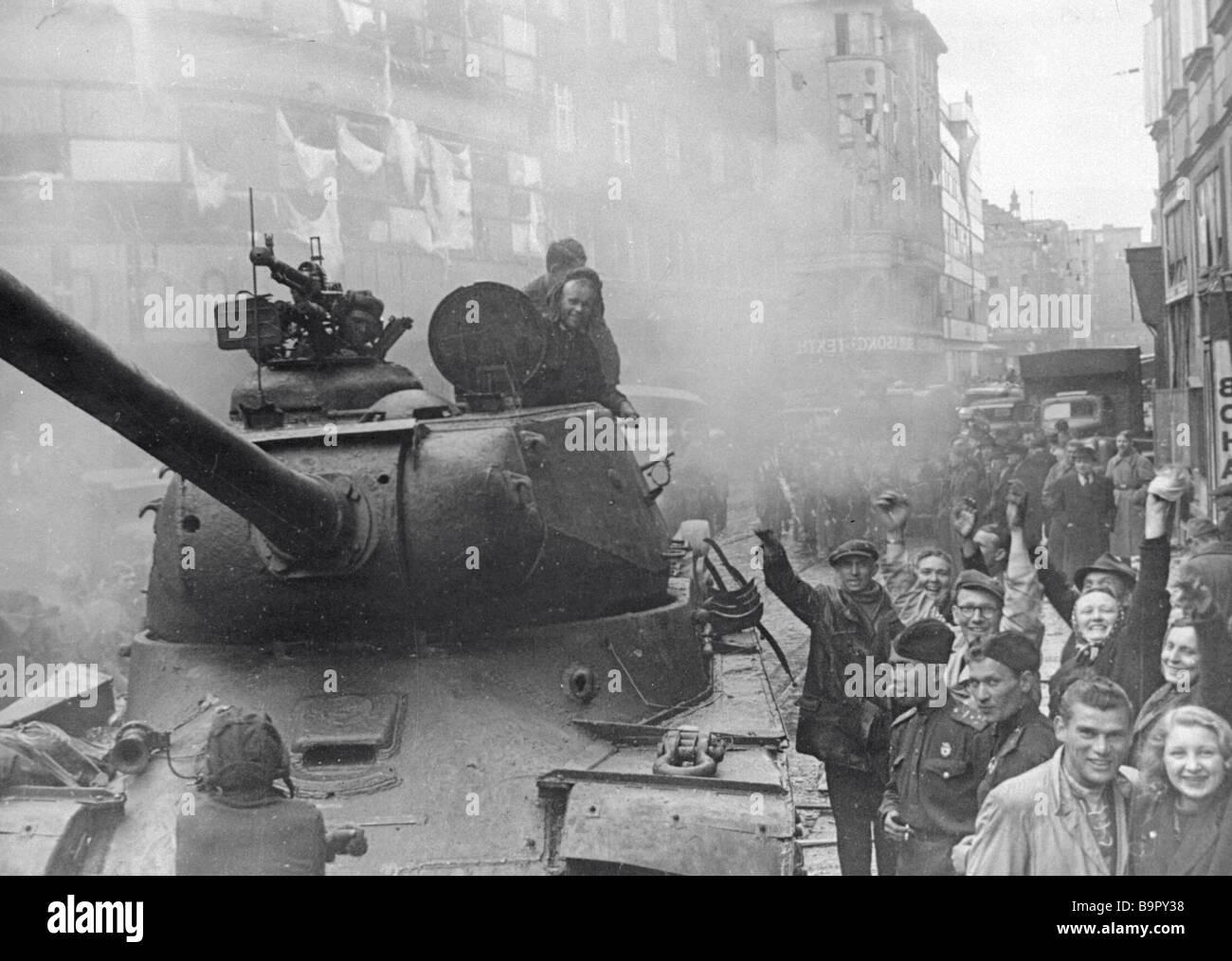 Residents of Moravska Ostrava greet Soviet warriors - Stock Image