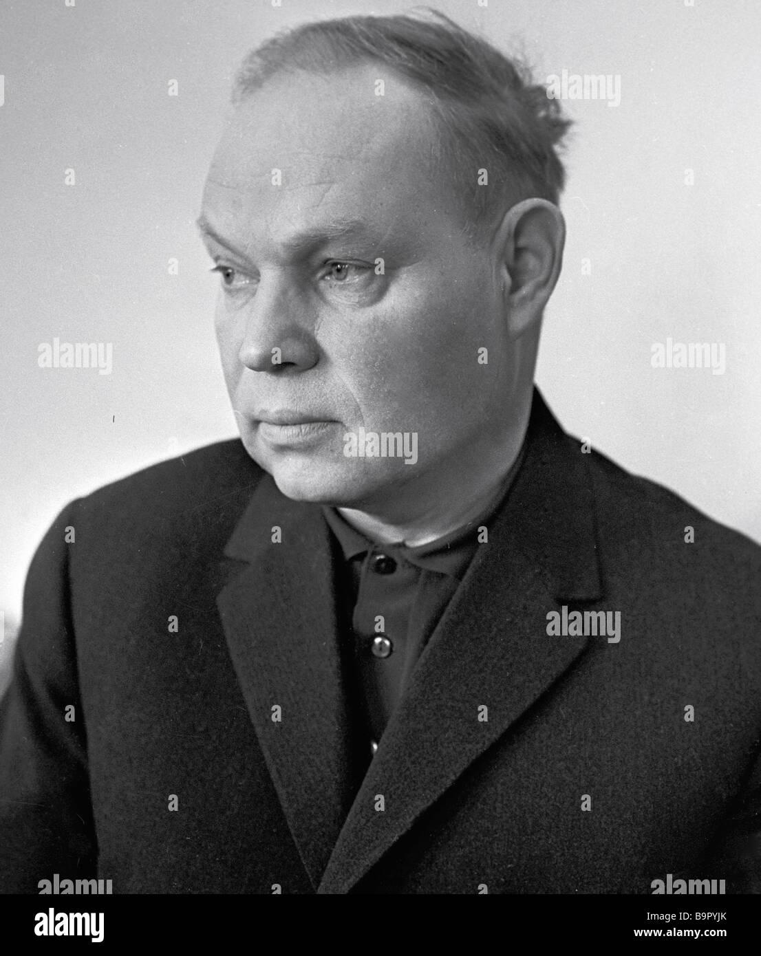 Ukrainian writer Mikhail Stelmakh - Stock Image